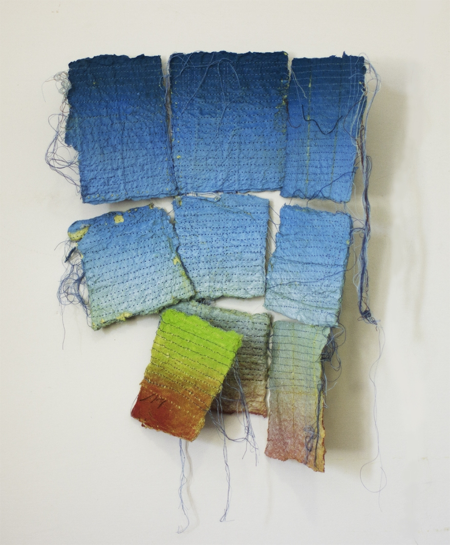 Larico, cm 38 x 35, acrilico, spary e filo di cotone su carta, 2017